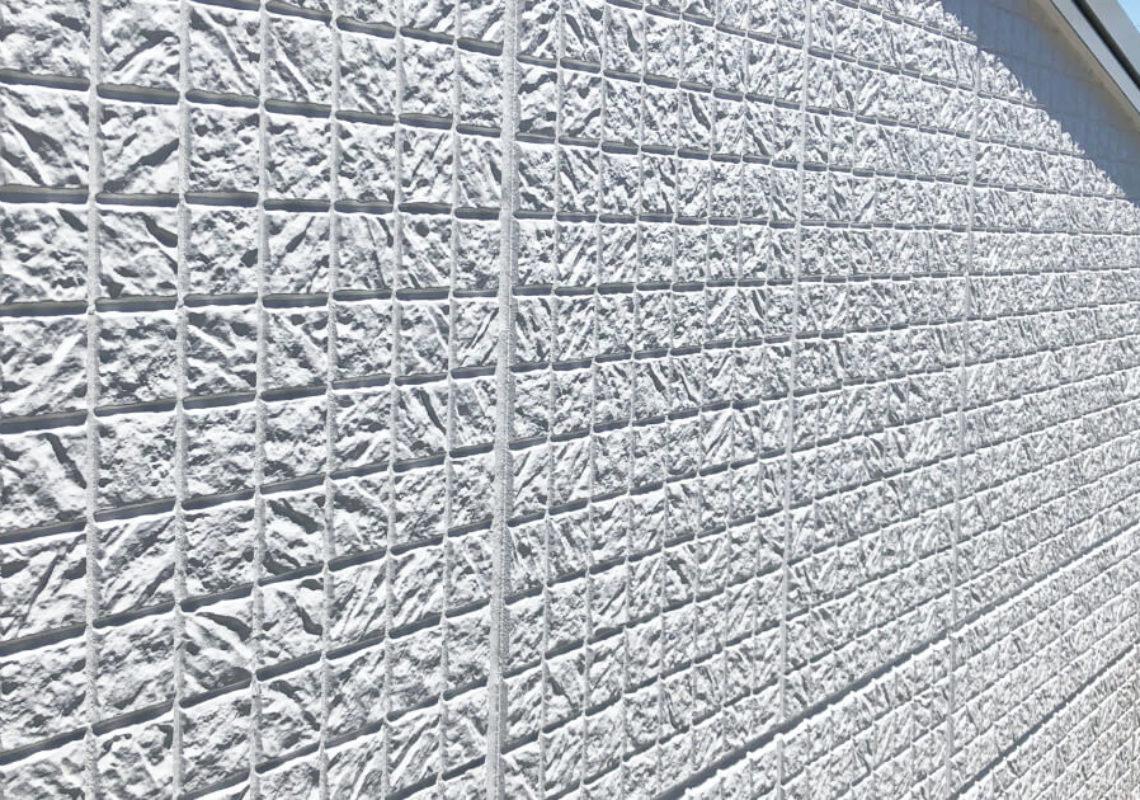 外壁塗装の耐用年数は30年くらいもつ?
